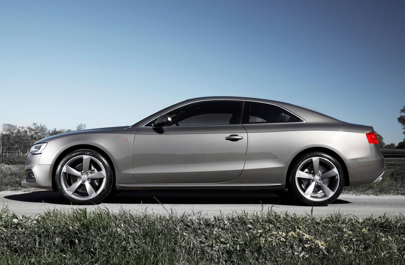 Renting Audi A5 Coupe - Renting Flexible Audi A5 Coupe
